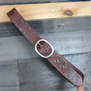 Fossil Studded Contour Brown Belt